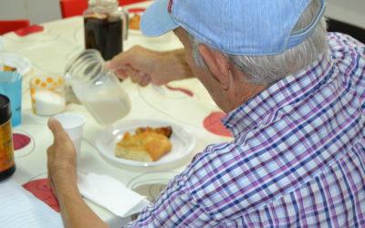 Més atenció als sense llar i un servei especial per l'onada de calor, l'agost de Creu Roja Sabadell