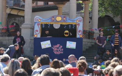 Creu Roja Sabadell porta al Mescla't un espectacle familiar de titelles per sensibilitzar sobre la crisi dels refugiats