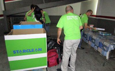 Una quarantena d'infants es beneficien de la recollida de material escolar de Creu Roja Sabadell i Carrefour