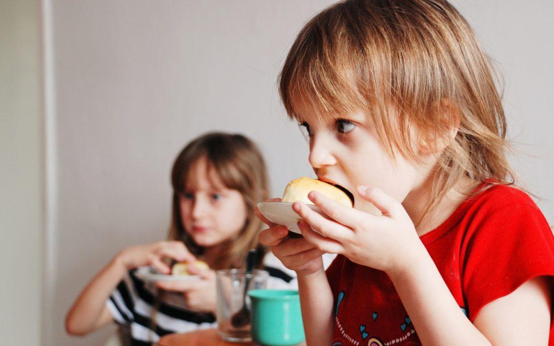 Creu Roja Sabadell recull gairebé cinc tones d'aliments per garantir esmorzars i berenars a la infància que atén