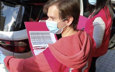 Creu Roja entregarà 84 targetes moneder a famílies vulnerables de Barberà del Vallès