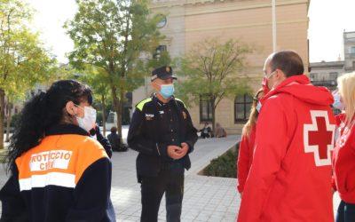 Creu Roja engega un dispositiu nocturn de la mà de l'Ajuntament de Sabadell per sensibilitzar els joves sobre la prevenció de la COVID19
